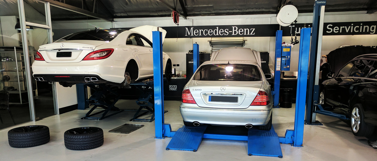 Bmw audi car repair service center south melbourne autos for Mercedes benz restoration center